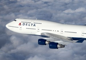 747 Airliner in flight